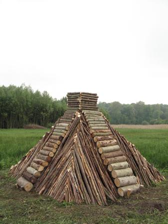 http://laurentledeunff.fr/files/gimgs/190_pyramides14.jpg